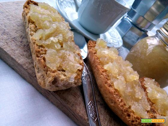 Marmellata di limoni e conservazione in barattolo