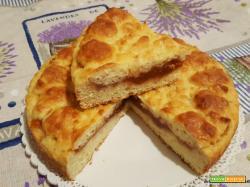 Crostata morbida e veloce alla ricotta e confettura di albicocche