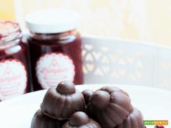 Cioccolatini ripieni con composta di lamponi al peperoncino