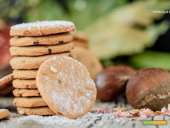 Biscotti di castagne e gocce di cioccolato