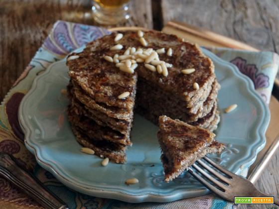 Essenza: Pancakes (vegan) banana, cocco e semi di chia
