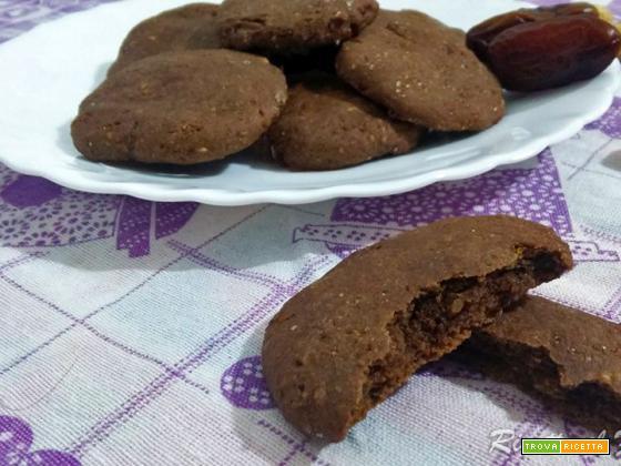 Biscotti ai datteri: senza zucchero, glutine, lattosio e uova