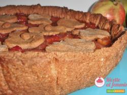 Crostata di mele e succo di melograno vegana