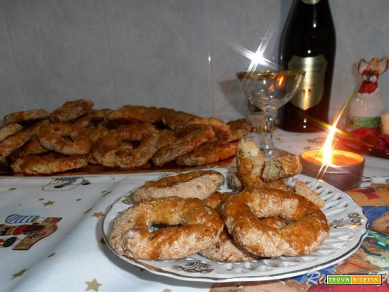 Ricetta dei roccocò - biscotti natalizi