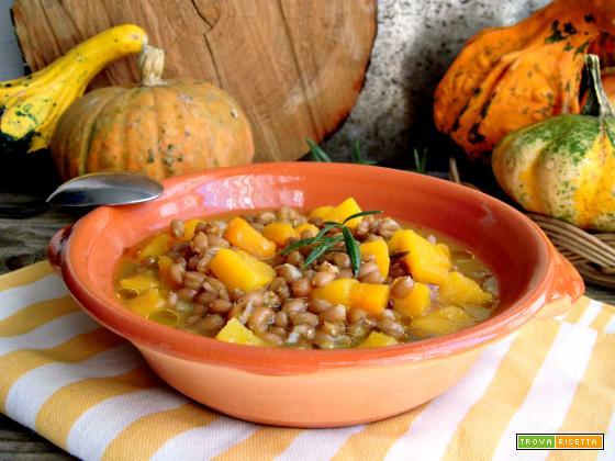 Ricetta della zuppa di farro e zucca