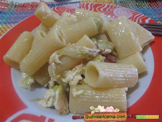Pasta carbonara patate cavolo cinese