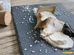 Petto di tacchino con crema di mascarpone e funghi