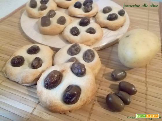 Focaccine alle olive – lievito madre