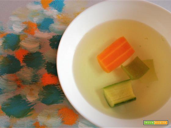 Brodo vegetale con quid