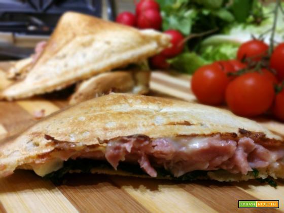 Sandwich con prosciutto cotto