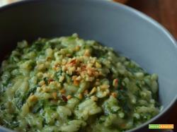 Risotto agli spinaci, stracchino e nocciole