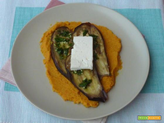 Melanzane con feta e crema di carote e ceci