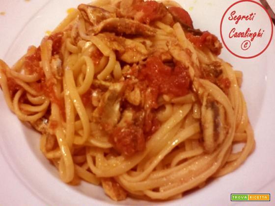pasta alici pomodoro