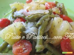 insalata estiva di patate fagiolini e pomodorini