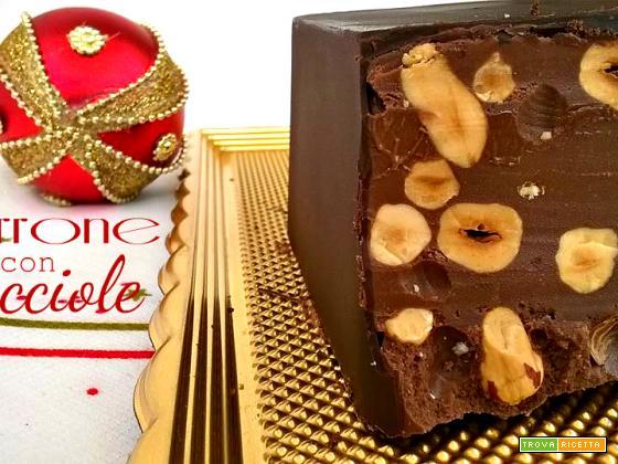 Torrone al cioccolato e nocciole aromatizzato al rhum