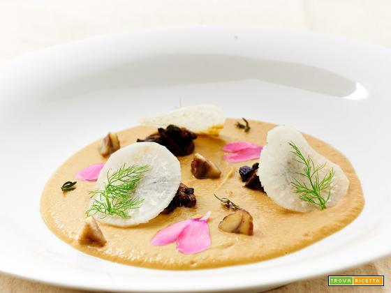 vellutata di ceci al miso con funghi e daikon