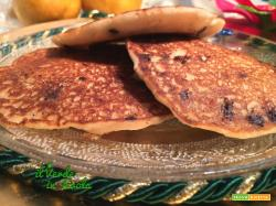 Pancakes vegani con pere e cioccolato fondente