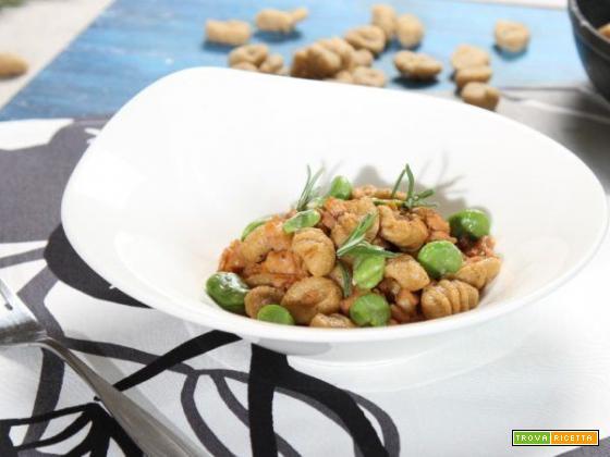 Gnocchi di pane con ragout di coniglio e fave: un pasto ricco, sostanzioso e delizioso