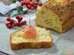 Plumcake salato al salmone e pistacchi