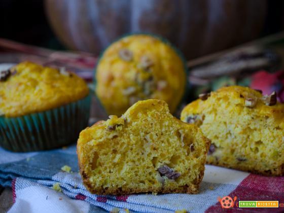 Muffin salati zucca pancetta e nocciole