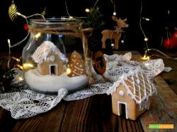 Gingerbread house in barattolo