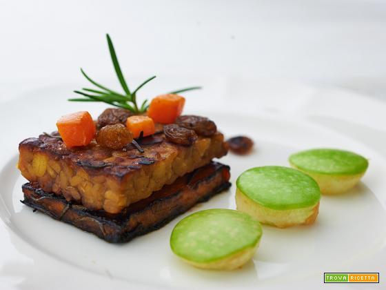 tempeh e zucca arrosto con mela verde