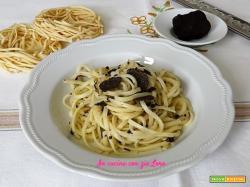 Strangozzi al tartufo ricetta tipica dell'Umbria