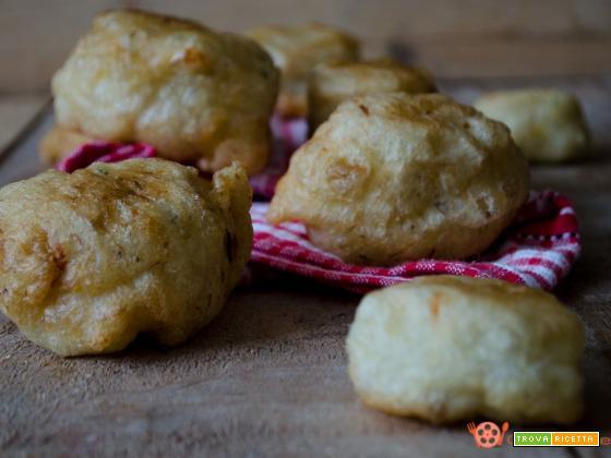 Frittelle di baccalà sfiziosi antipasti fritti
