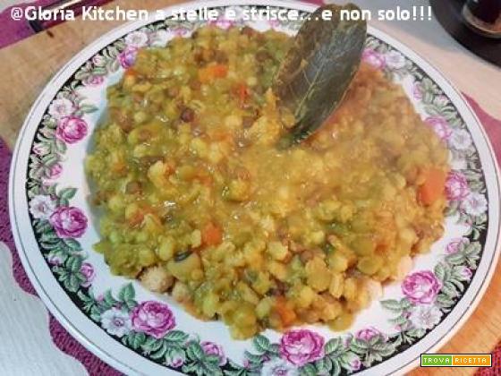 Zuppa di Cereali e Legumi con Aromi di Gloria KitchenUSA