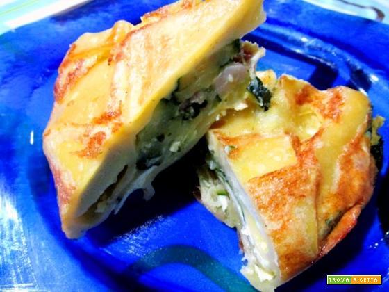 Frittata di paccheri integrali alle zucchine e pancetta affumicata