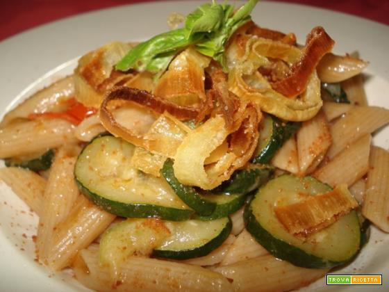 Pennette integrali zucchine bottarga al croccante di porro (per 6)