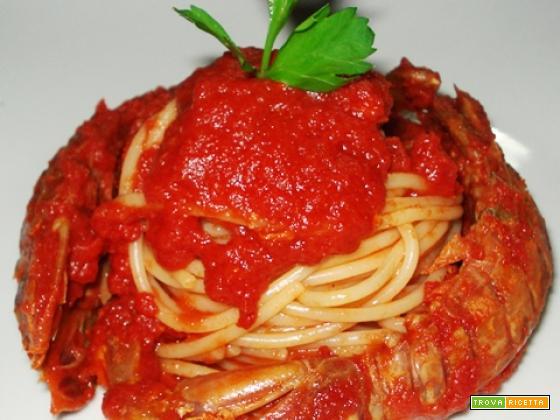 Spaghetti con le cicale di mare (per 4)