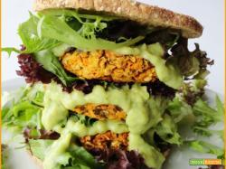 Hamburger Vegani di Falafel alle Erbe e Carote