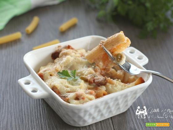 Pasta a forno con ragù, funghi e besciamella