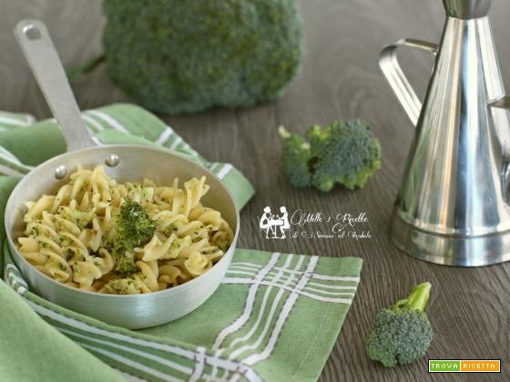 Pasta semplice con broccoli
