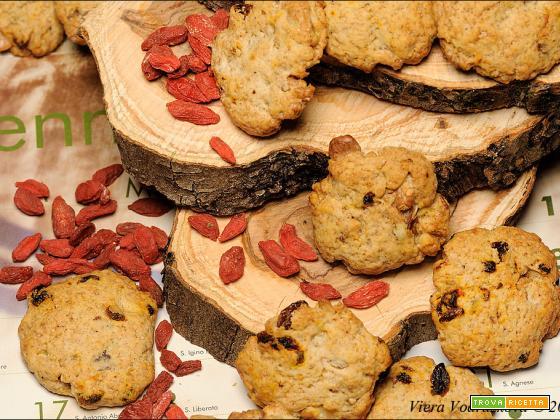Biscotti brutti e buoni