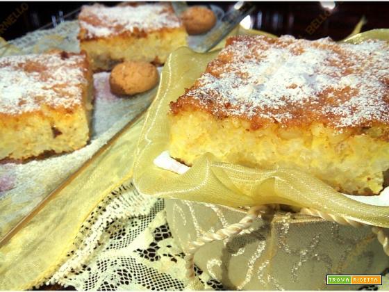 Quadrotti con amaretti senza farina né lievito