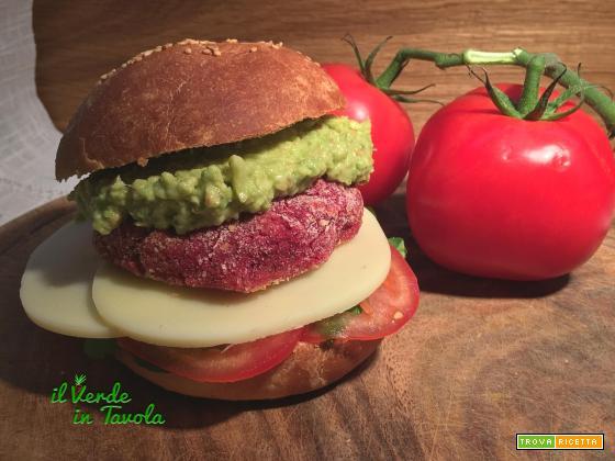 Burger vegani di barbabietola e lupini