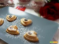 Biscotti cuore con goccia di nutella bimby