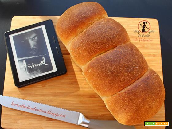 MANGIA CIO' CHE LEGGI 89: Pane bianco in cassetta ispirato da Animal di Fleur du Mar