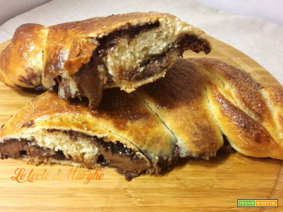 Treccia ripiena di nutella – ricetta facile –