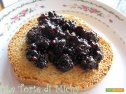 Confettura extra di more (organic blackberry jam)