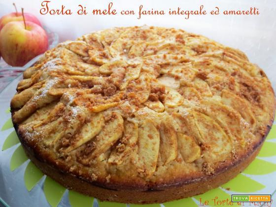 Torta di mele con farina integrale ed amaretti