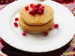 Pancakes natilizi arancia, cannella e melograno