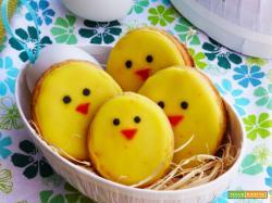 Frollini glassati a forma di pulcino, idea regalo per Pasqua