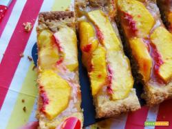 Crostata estiva al cocco con confettura di limoni e pesche noci
