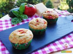 Muffins salati tricolore con farina integrale ed olio