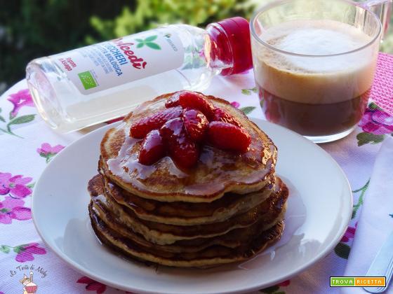 Pancakes vegan senza uova e con zucchero della frutta