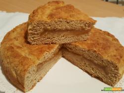 Crostata veloce con farina semintegrale alla ricotta e confettura di pere