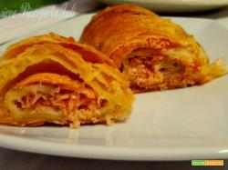 Pasta sfoglia con salmone e paprika